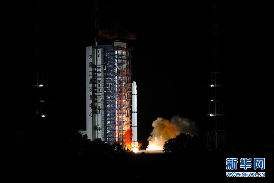 (图文互动)(1)我国成功发射海洋一号D卫星