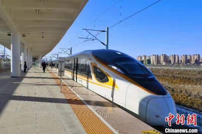 全国铁路今起调图:暑运大幕开启一批新线开通运营