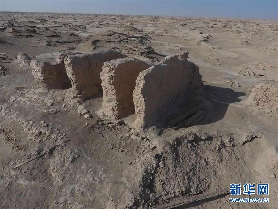 (图文互动)(1)新疆抢险加固楼兰古城三间房和佛塔遗址
