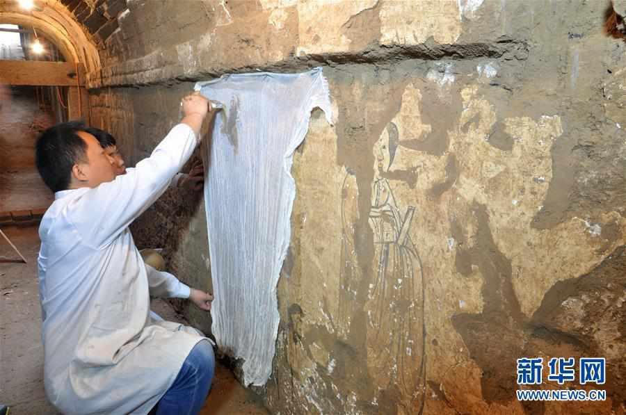 (图文互动)(2)陕西:唐墓壁画修复再现唐代生活场景