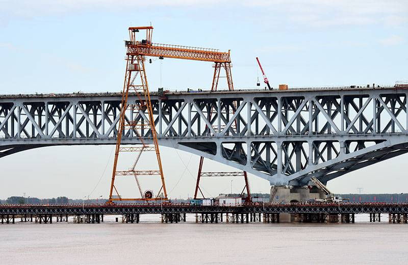郑济铁路郑州黄河特大桥加紧建设
