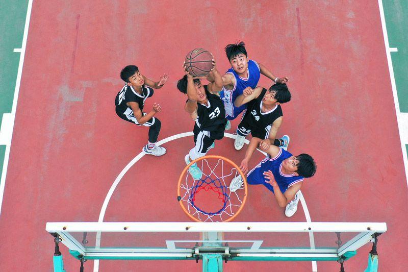 河南宝丰:青少年球类运动展活力