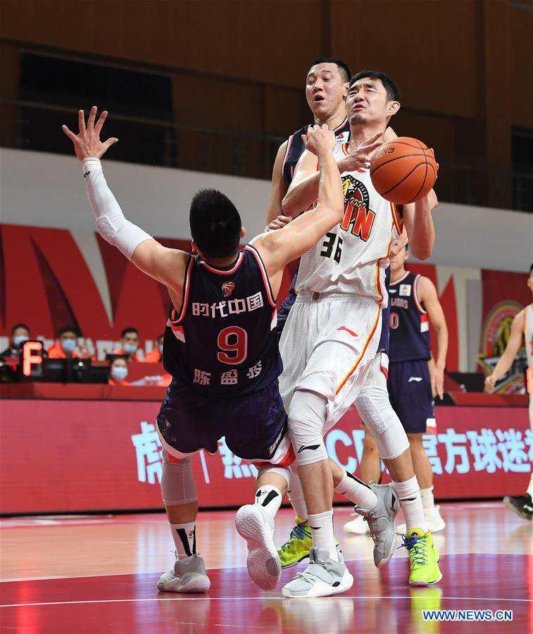 (SP)CHINA-ZHUJI-BASKETBALL-CBA LEAGUE-TIANJIN VS JILIN (CN)