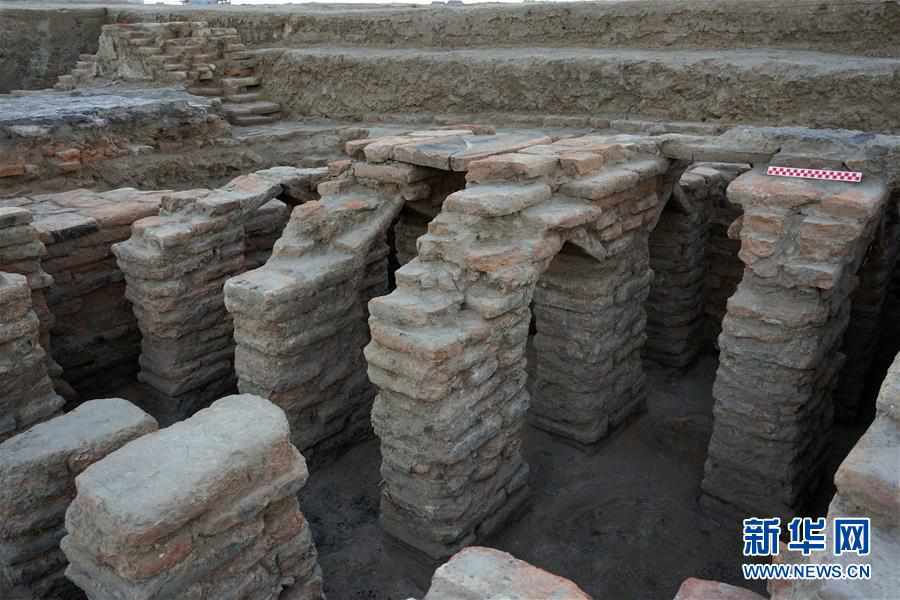 (图文互动)(4)新疆天山北麓发现古代公共浴场遗址