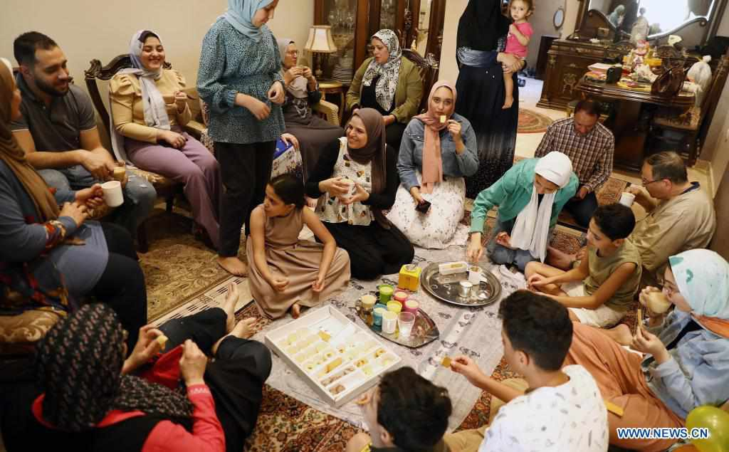 Members of Egyptian family celebrate Eid al-Fitr at home amid COVID-19 pandemic