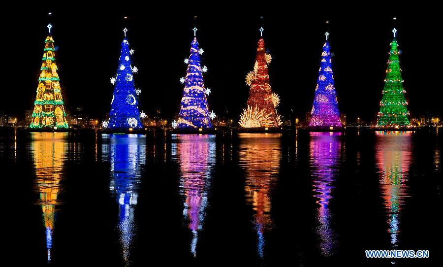 Brazil Christmas.Giant Christmas Trees Seen In Brazil People S Daily Online