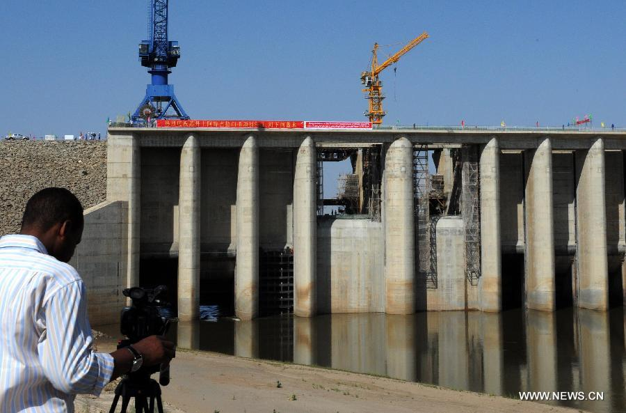 The project, which started in May 2010, is set to store up to 3 billion cubic meters of water and provide water for some 7 million people in Sudan.