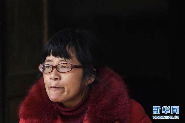 Opinion: She crosses big China to accost you