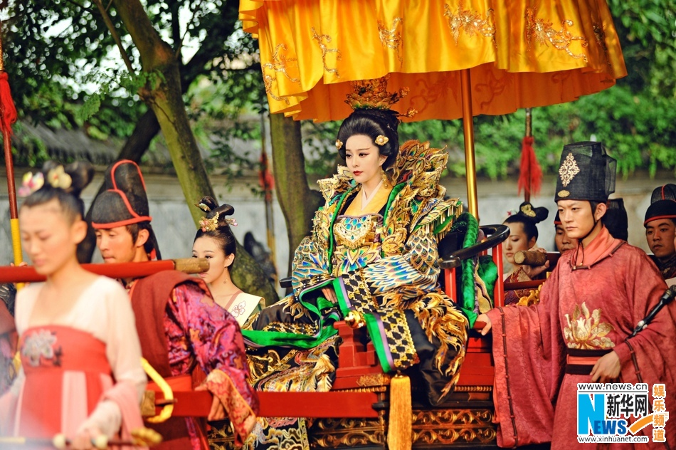 """New stills of TV drama """"The Empress of China"""" are released on Jan. 30, 2015. (Source: Xinhuanet)"""