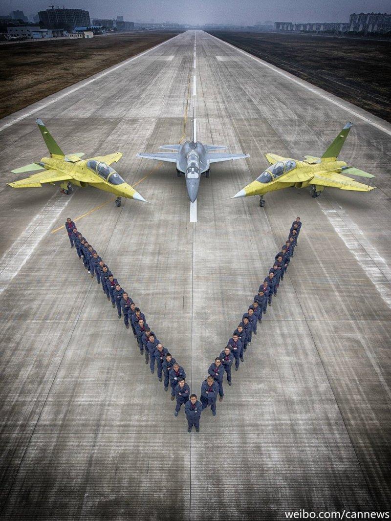 """""""猎鹰""""拜春:首见L-15高教机多机摆造型2015.2.6 - fpdlgswmx - fpdlgswmx的博客"""