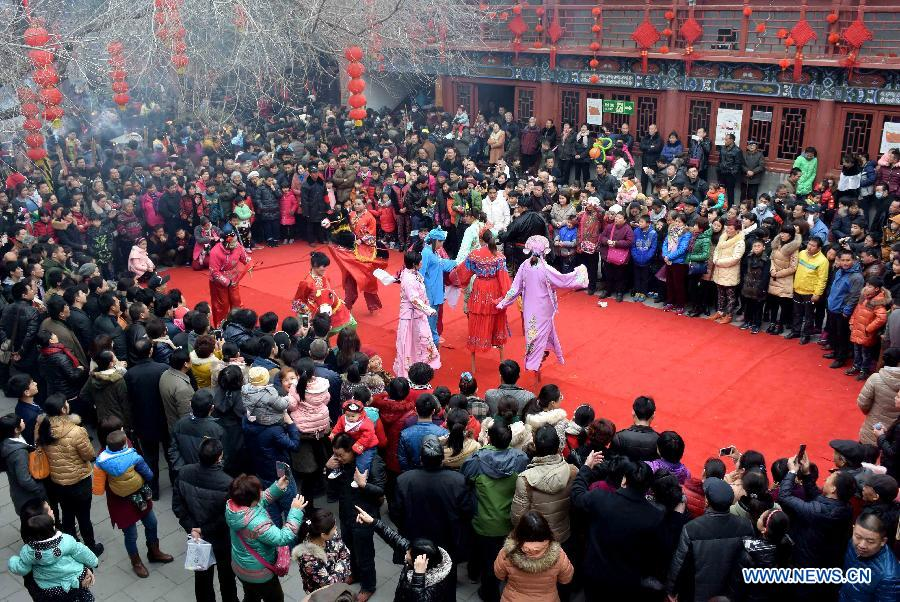 CHINA-HENAN-ZHENGZHOU-TEMPLE FAIR (CN)