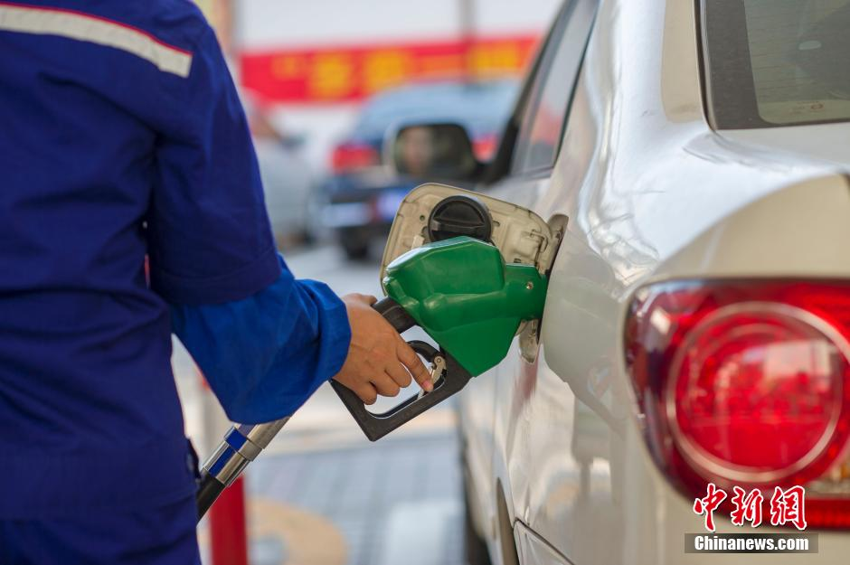 """中国油价全面回归""""6元时代"""" 上调幅度创近两年新高"""