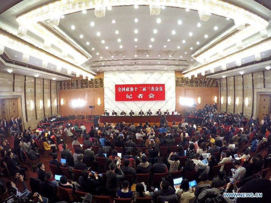 A press conference on major economic issues is held for the third session of the 12th National Committee of the Chinese People's Political Consultative Conference (CPPCC) in Beijing, capital of China, March 6, 2015. Members of the 12th CPPCC National Committee Li Yining, Li Yizhong, Chen Xiwen, Justin Yifu Lin, Yang Kaisheng, Chang Zhenming, Jia Kang answered questions at the press conference. (Xinhua/Li Xin)