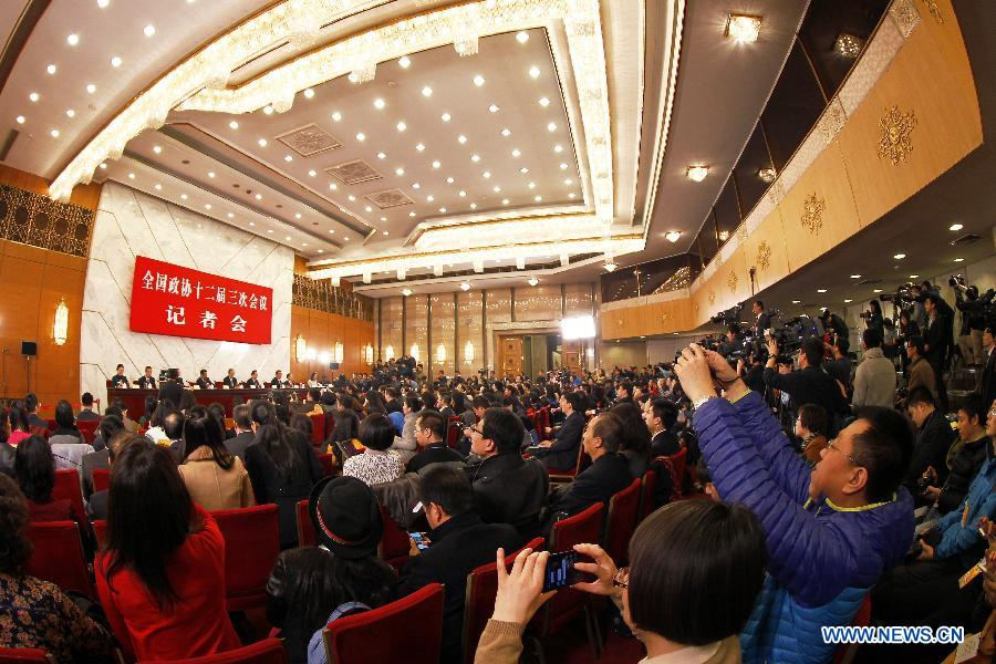A press conference on major economic issues is held for the third session of the 12th National Committee of the Chinese People's Political Consultative Conference (CPPCC) in Beijing, capital of China, March 6, 2015.