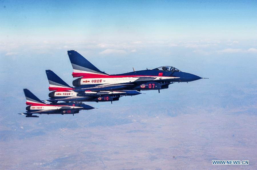 CHINA-FEMALE PILOTS-LIMA AIR SHOW-DEBUT (CN)