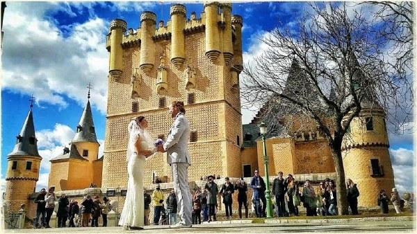 美夫妇全球办巡回婚礼 跨6大洲共38场【4】