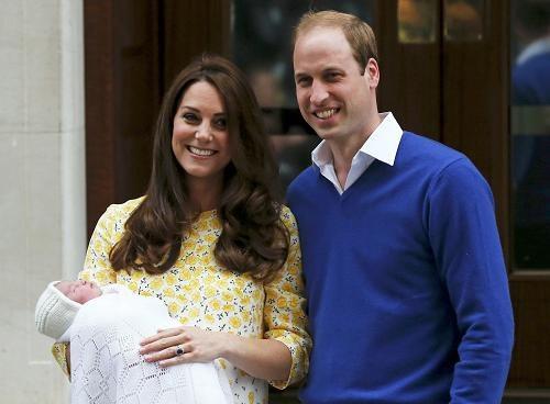 英国小公主今的出生证明 爹妈的职业也是霸气