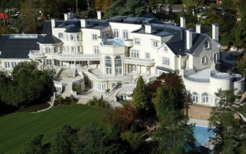 Top 10 luxury houses in the world people 39 s daily online for Top 10 luxury homes