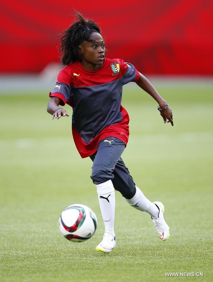 (SP)CANADA-EDMONTON-FIFA WOMEN'S WORLD CUP-CAMEROON-TRAINING