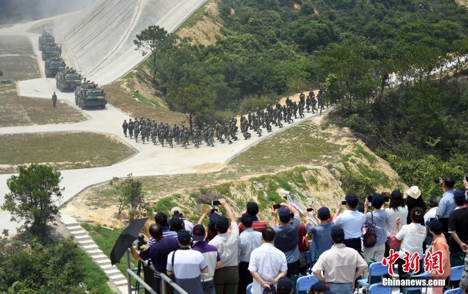 解放军驻港部队首次对公众开放军演【13】