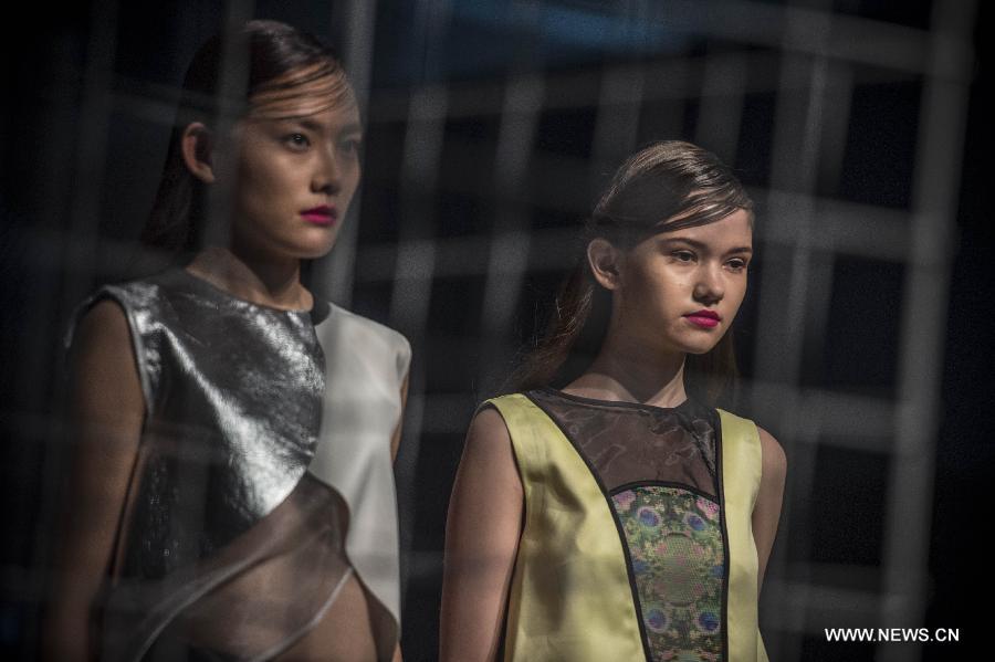 Models display the creations at the Hong Kong Fashion Week for Spring/Summer in Hong Kong, south China, July 6, 2015.