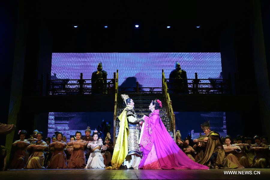 The opera revolves around the digging and navigation of the Grand Canal in Sui and Tang Dynasties