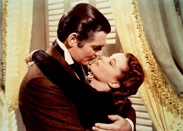 Top 10 classic kiss scenes in films