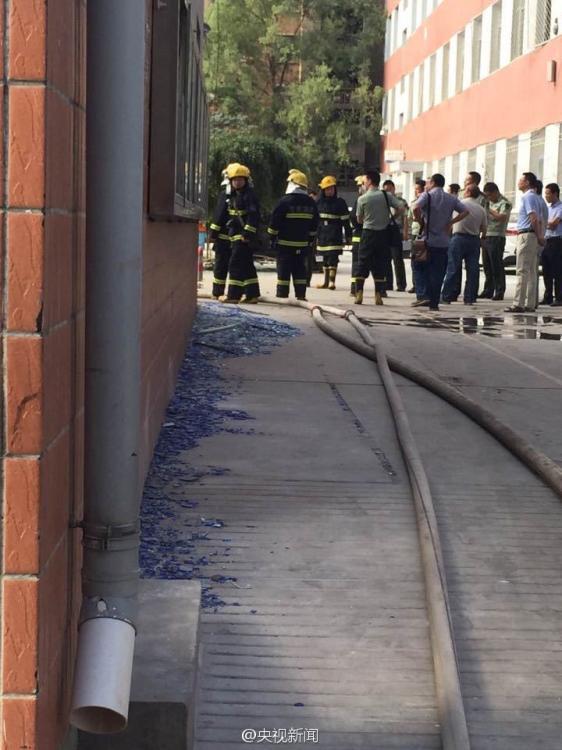 兰州大学施工现场闪爆 17人受伤15名为该校学生【10】