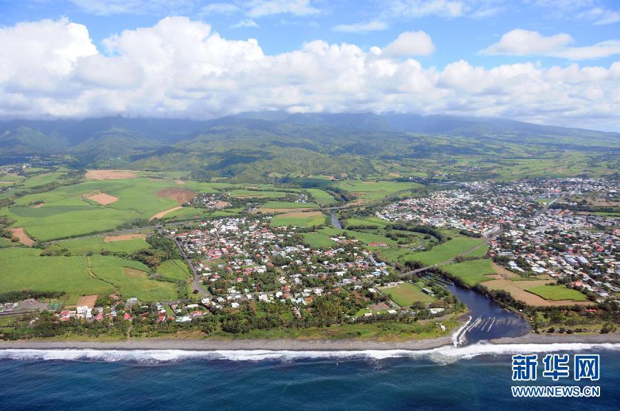 (国际)(1)航拍法属留尼汪岛飞机残骸搜索海域