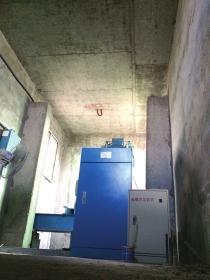 8月13日,株洲荷塘区裕丰佳苑小区968栋四单元顶楼的电梯把持室。