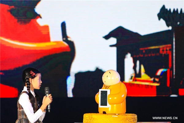 Robot monk with artificial intelligence makes debut
