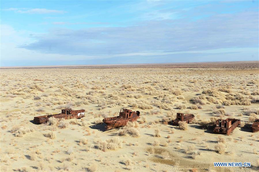 Photo taken on Dec. 7, 2015 shows an abandoned ship at Moynak in the Aral Sea, Uzbekistan.