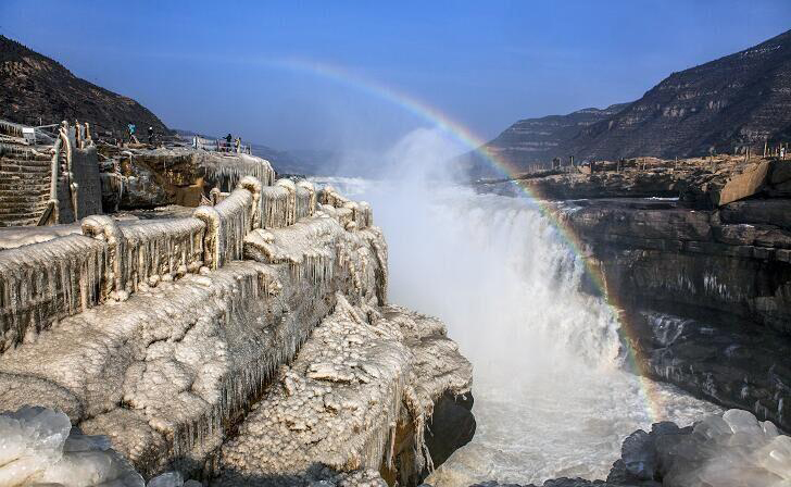 Icicles over the Hukou Waterfall of the Yellow River