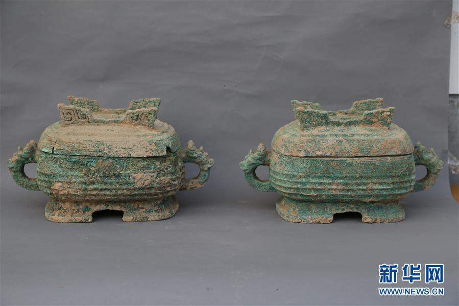 """(图文互动・XHDW)(5)周原考古发现2700年前""""姬生母""""贵族墓"""
