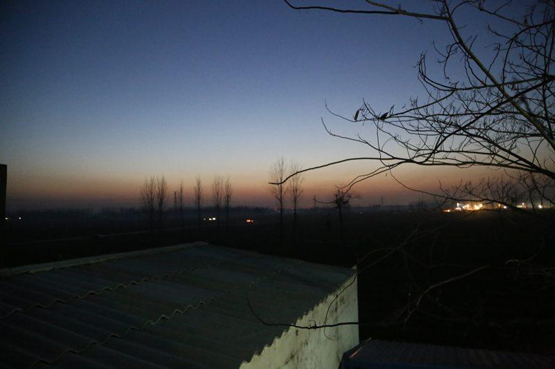 记者探访通许县爆炸事故村庄:村民正陆续清扫残留【7】