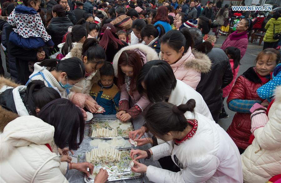 CHINA-CHENGDU-SPRING FESTIVAL-CELEBRATION (CN)