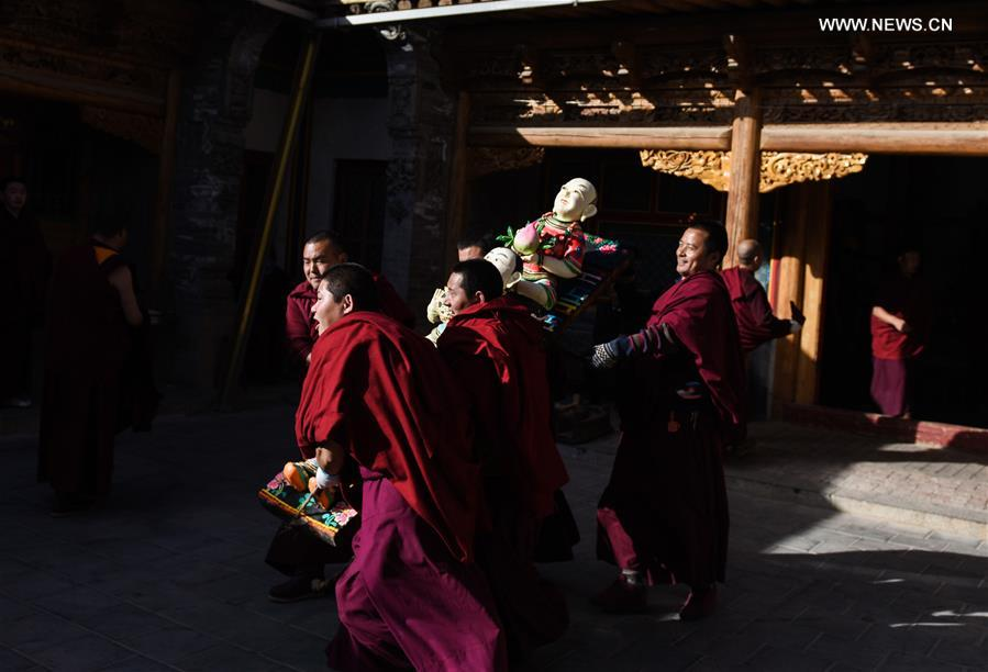CHINA-QINGHAI-TAER MONASTERY-BUTTER SCULPTURE (CN)