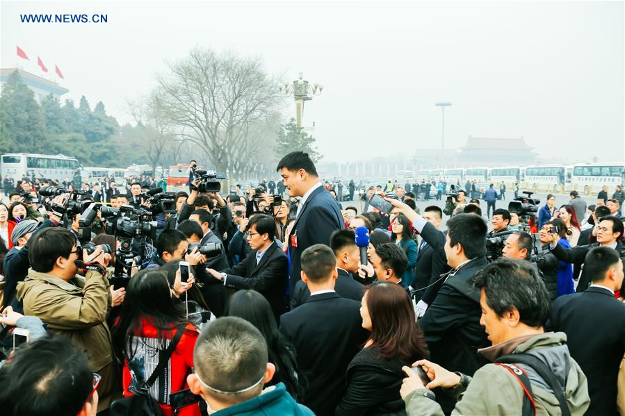 (TWO SESSIONS)CHINA-BEIJING-CPPCC-OPENING-YAO MING (CN)