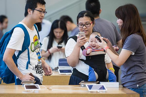Domestic vendors gain in smartphone boom in China