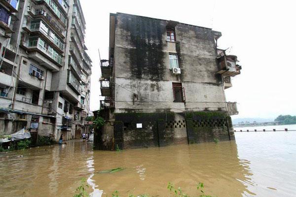 Big floods along Yangtze River likely, authorities warn