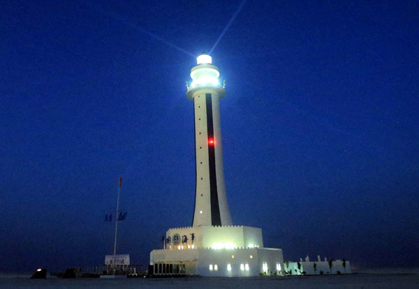Zhubi Reef lighthouse comes to life