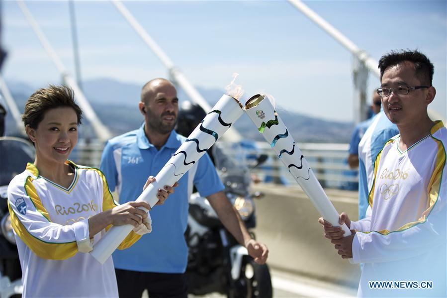(SP)GREECE-OLYMPIC TORCH RELAY-CHINESE TORCHBEARERS