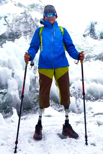 Amputee close to top of world's highest peak