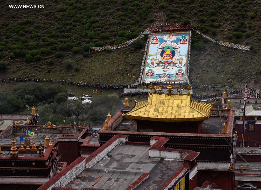 CHINA-TIBET-THANGKA-WORSHIP (CN)