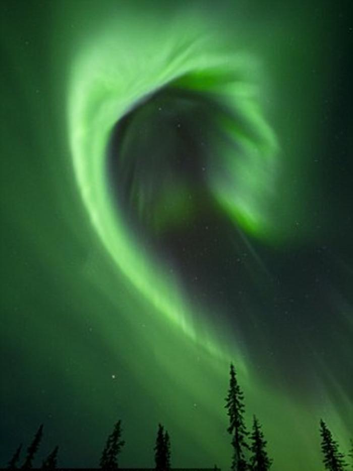 芬兰十天内八次出现北极光--图片频道--人民网