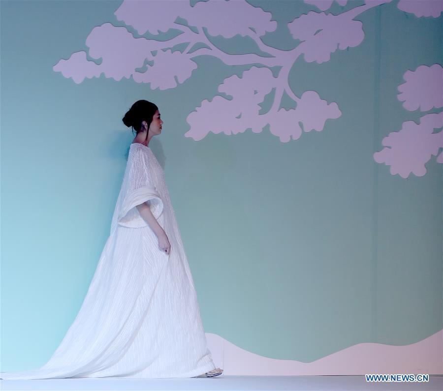 CHINA-BEIJING-FASHION WEEK (CN)