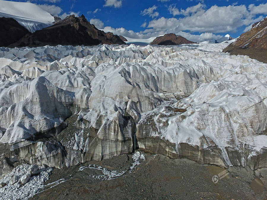 Last 40 years witness a shrinking of 1,200 meters for glacier of Yangtze River source