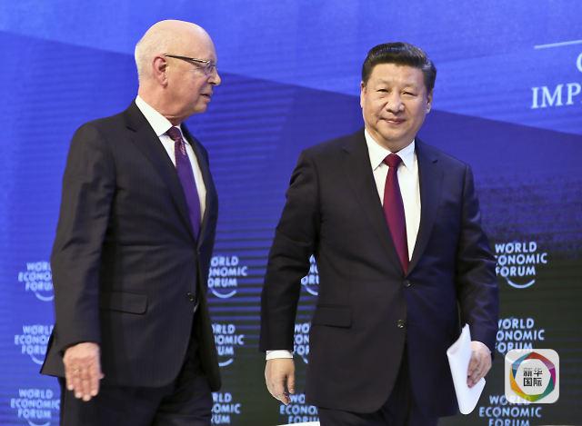 习主席的达沃斯视频:v主席世界经济之问扣三时间打下体小图片