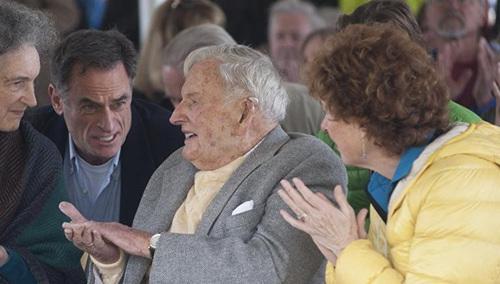 一代传奇!美国亿万富豪洛克菲勒去世享年101岁