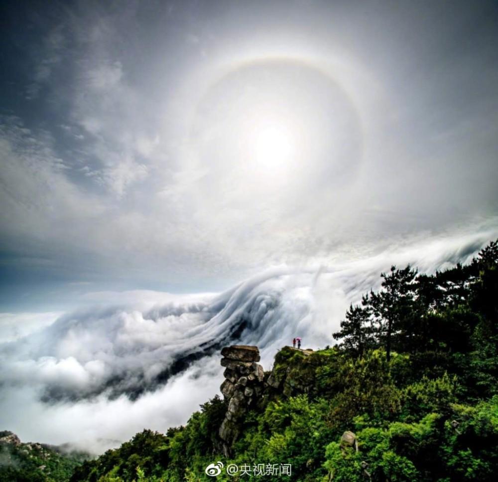 壮观!庐山现瀑布云 流转山涧【4】